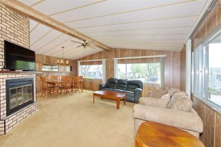 Photo 3: 79 2303 CRANLEY DRIVE in Surrey: King George Corridor Manufactured Home for sale (South Surrey White Rock)  : MLS®# R2384699