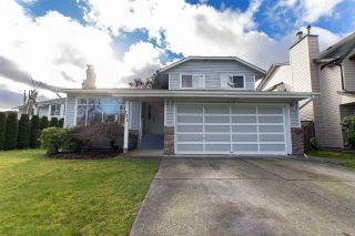 Photo 1: 7877 143A Street in Surrey: East Newton House for sale : MLS®# R2536977