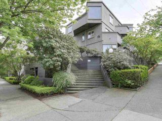 """Photo 1: 58 870 W 7TH Avenue in Vancouver: Fairview VW Townhouse for sale in """"Laurel Court"""" (Vancouver West)  : MLS®# R2169394"""