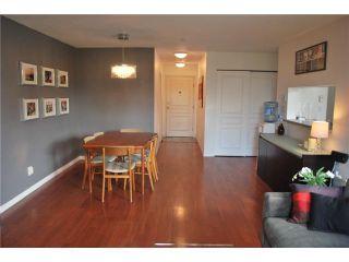 "Photo 4: 212 8460 JELLICOE Street in Vancouver: Fraserview VE Condo for sale in ""THE BOARDWALK"" (Vancouver East)  : MLS®# V854806"