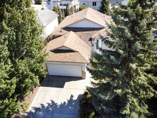 Photo 4: 935 115 Street NW in Edmonton: Zone 16 House for sale : MLS®# E4261959