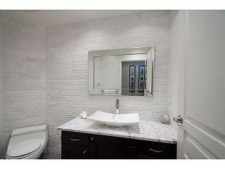 """Photo 16: 108 1823 W 7TH Avenue in Vancouver: Kitsilano Townhouse for sale in """"THE CARNEGIE"""" (Vancouver West)  : MLS®# V1073495"""