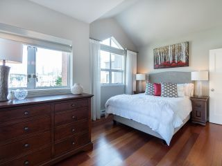 """Photo 33: 1594 ISLAND PARK Walk in Vancouver: False Creek Townhouse for sale in """"THE LAGOONS"""" (Vancouver West)  : MLS®# R2297532"""