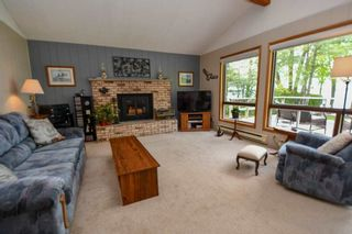 Photo 7: 141 Campbell Beach Road in Kawartha Lakes: Rural Carden House (1 1/2 Storey) for sale : MLS®# X4468019