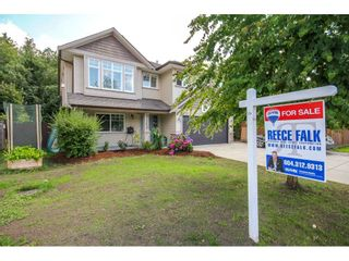 """Photo 2: 33039 BOOTHBY Avenue in Mission: Mission BC House for sale in """"Cedar Valley Estates"""" : MLS®# R2091912"""