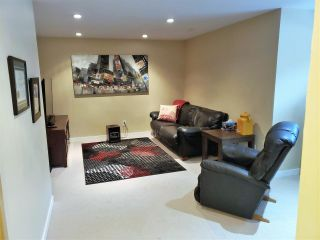 """Photo 13: 43 8675 209 Street in Langley: Walnut Grove House for sale in """"Sycamores"""" : MLS®# R2347304"""