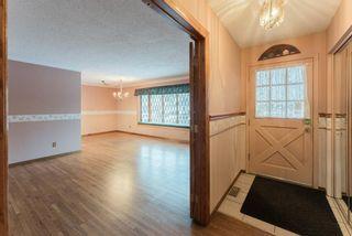 Photo 9: 907 Lake Emerald Place SE in Calgary: Lake Bonavista Detached for sale : MLS®# A1076004