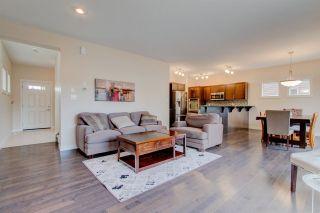 Photo 5: 2336 SPARROW Crescent in Edmonton: Zone 59 House for sale : MLS®# E4240550