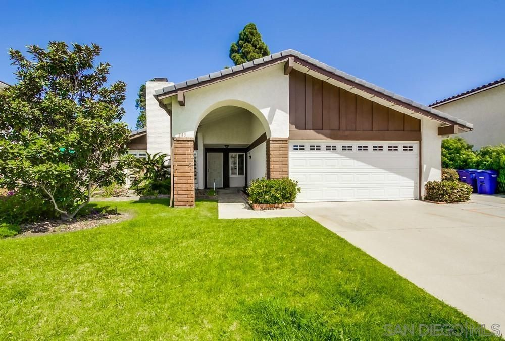 Main Photo: ENCINITAS House for sale : 4 bedrooms : 343 Cerro St