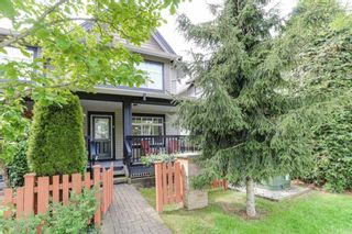"""Photo 1: 8 19448 68 Avenue in Surrey: Clayton Townhouse for sale in """"Nuovo"""" (Cloverdale)  : MLS®# R2368911"""