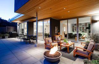 Photo 19: 903 LEOVISTA Avenue in North Vancouver: Edgemont House for sale : MLS®# R2355566