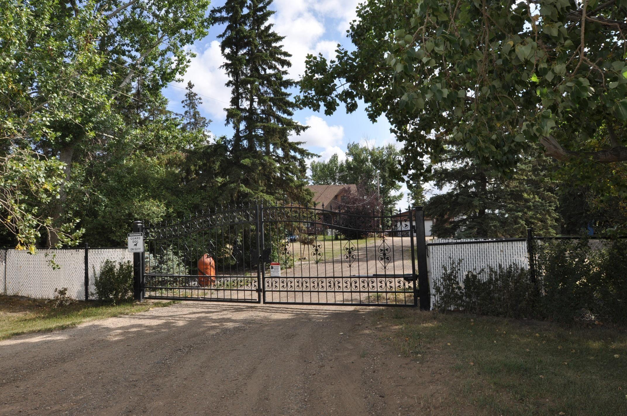 Main Photo: 56005 RR 254: Rural Sturgeon County House for sale : MLS®# E4259157