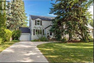 Photo 2: 1233 Osler Street in Saskatoon: Varsity View Residential for sale : MLS®# SK849623