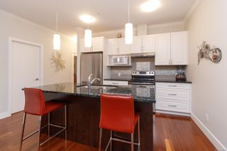Photo 14: 302 9776 Fourth St in Sidney: Si Sidney South-East Condo for sale : MLS®# 878510