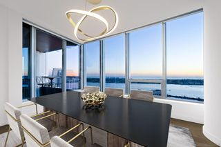 Photo 3: DOWNTOWN Condo for sale : 3 bedrooms : 888 W E Street #3502 in San Diego