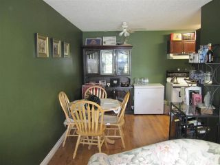 Photo 2: 221 7436 STAVE LAKE Street in Mission: Mission BC Condo for sale : MLS®# R2045100