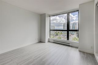 """Photo 2: 1404 7225 ACORN Avenue in Burnaby: Highgate Condo for sale in """"AXIS"""" (Burnaby South)  : MLS®# R2576554"""