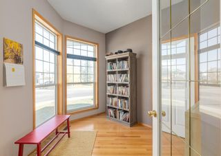 Photo 3: 7 River Rock Place SE in Calgary: Riverbend Detached for sale : MLS®# A1152980