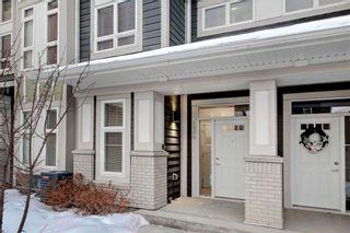 Photo 2: 134 SILVERADO PLAINS Park SW in Calgary: Silverado Row/Townhouse for sale : MLS®# C4284813