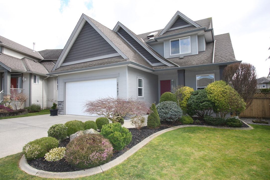 Main Photo: 27982 Buffer Crescent in Abbotsford: House for sale
