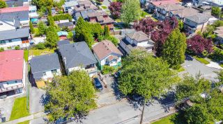 Photo 3: 3053 HORLEY Street in Vancouver: Collingwood VE House for sale (Vancouver East)  : MLS®# R2587458