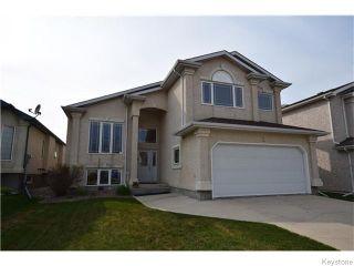 Photo 1: 12 Courland Bay in Winnipeg: West Kildonan / Garden City Residential for sale (North West Winnipeg)  : MLS®# 1616828