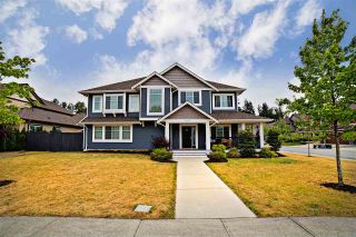 Photo 1: 8656 MAYNARD Terrace in Mission: Mission BC House for sale : MLS®# R2191491