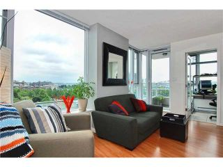 """Photo 1: 809 550 TAYLOR Street in Vancouver: Downtown VW Condo for sale in """"THE TAYLOR"""" (Vancouver West)  : MLS®# V838686"""