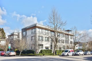"""Photo 1: 3180 PRINCE EDWARD Street in Vancouver: Mount Pleasant VE Townhouse for sale in """"SIXTEEN EAST"""" (Vancouver East)  : MLS®# R2540499"""