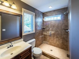 Photo 14: 529 24 Avenue NE in Calgary: Winston Heights/Mountview Semi Detached for sale : MLS®# A1021988
