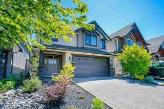 """Photo 3: 7654 211B Street in Langley: Willoughby Heights House for sale in """"Yorkson"""" : MLS®# R2587312"""