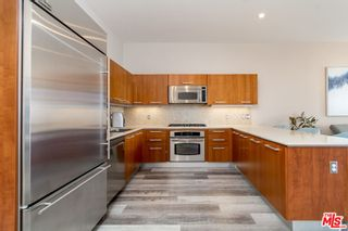 Photo 2: 801 S Grand Avenue Unit 1909 in Los Angeles: Residential for sale (C42 - Downtown L.A.)  : MLS®# 21793682
