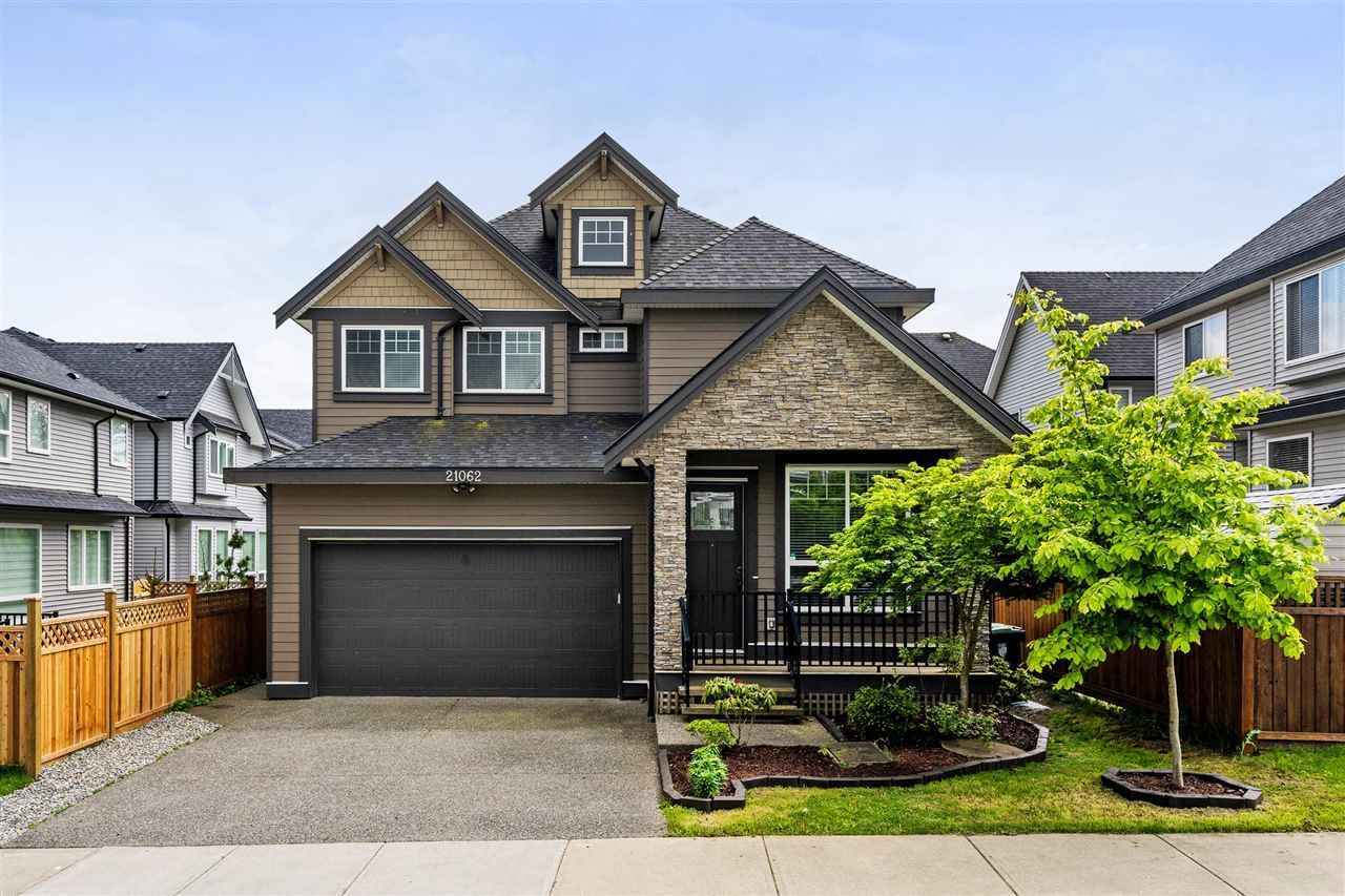 """Main Photo: 21062 77 Avenue in Langley: Willoughby Heights House for sale in """"Yorkson South"""" : MLS®# R2288117"""