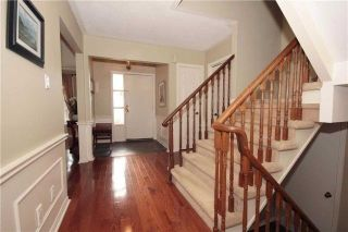 Photo 3: 414 Brian Court in Pickering: West Shore House (2-Storey) for sale : MLS®# E4032289