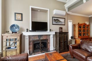 Photo 5: 3796 MYRTLE Street in Burnaby: Central BN 1/2 Duplex for sale (Burnaby North)  : MLS®# R2587525