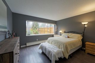 "Photo 10: 859 WESTVIEW Crescent in North Vancouver: Upper Lonsdale Condo for sale in ""Cypress Gardens"" : MLS®# R2255255"