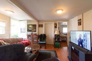 Photo 5: 219-221 Oakdene Avenue in North Kentville: 404-Kings County Residential for sale (Annapolis Valley)  : MLS®# 202112719