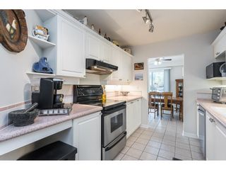"""Photo 5: 101 15941 MARINE Drive: White Rock Condo for sale in """"The Heritage"""" (South Surrey White Rock)  : MLS®# R2591259"""