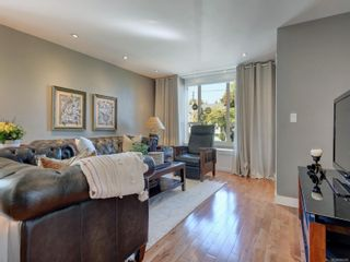 Photo 2: 147 Cambridge St in : Vi Fairfield West House for sale (Victoria)  : MLS®# 885266