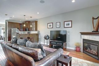 Photo 13: 722 53 Avenue SW in Calgary: Windsor Park Semi Detached for sale : MLS®# A1142583