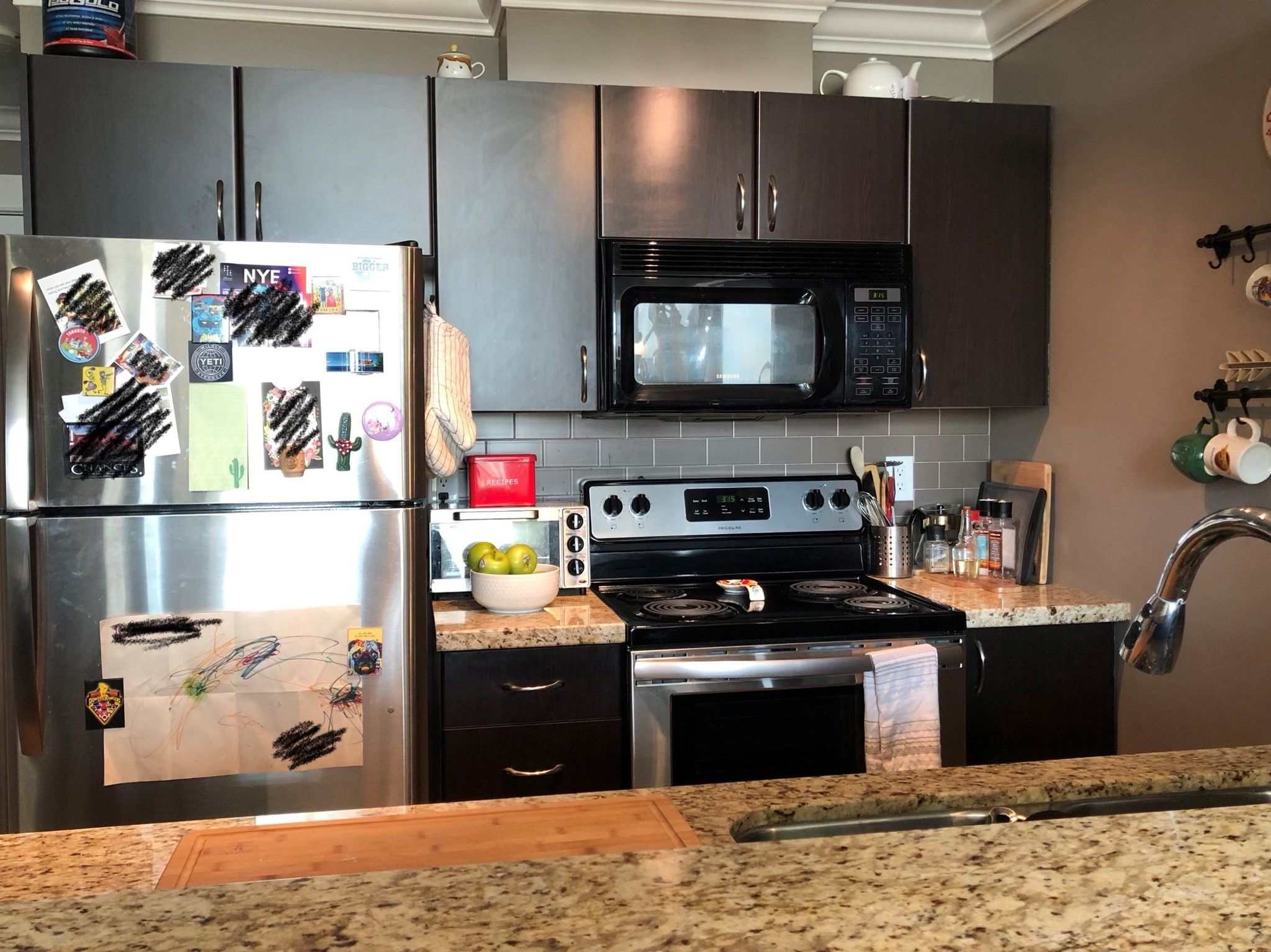 Photo 3: Photos: #405 2515 Park Dr. in Abbotsford: Central Abbotsford Condo for rent