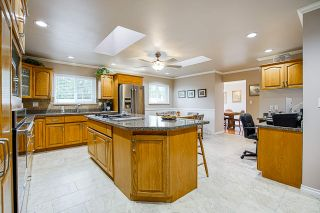 Photo 10: 11789 64B Avenue in Delta: Sunshine Hills Woods House for sale (N. Delta)  : MLS®# R2564042