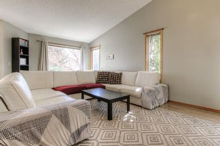Photo 4: 45 Riverside Crescent SE in Calgary: Riverbend Detached for sale : MLS®# A1091376