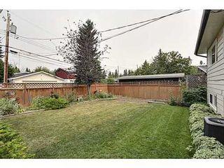 Photo 17: 6135 LONGMOOR Way SW in Calgary: Bi-Level for sale : MLS®# C3584023