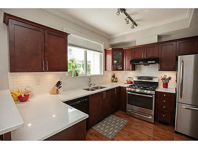 """Photo 8: Photos: 44 5999 ANDREWS Road in Richmond: Steveston South Townhouse for sale in """"RIVERWIND"""" : MLS®# V1128692"""