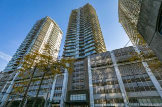"""Photo 2: 3009 892 CARNARVON Street in New Westminster: Downtown NW Condo for sale in """"AZURE 2"""" : MLS®# R2531047"""