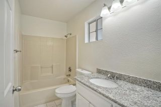 Photo 19: 331 Beaumont Ct in Vista: Residential for sale (92084 - Vista)  : MLS®# 170045073