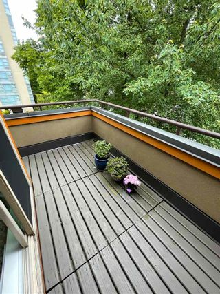 """Photo 12: PH D 2775 FIR Street in Vancouver: Fairview VW Condo for sale in """"STERLING COURT"""" (Vancouver West)  : MLS®# R2592529"""