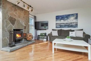 Photo 4: 7414 ECHO PLACE in Parklane: Champlain Heights Townhouse for sale ()  : MLS®# R2439756