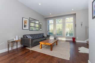 """Photo 10: 58 2687 158 Street in Surrey: Grandview Surrey Townhouse for sale in """"JACOBSEN"""" (South Surrey White Rock)  : MLS®# R2054062"""